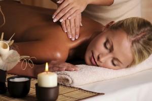 Massagem-com-óleos-essenciais
